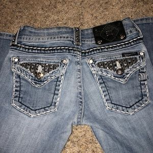 Bedazzled miss me jeans bootcut size 25
